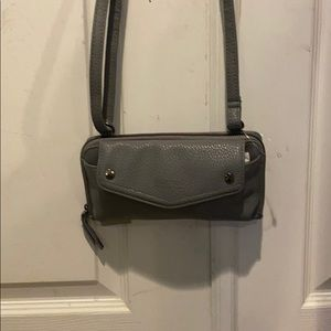 Reaction by Kenneth Cole crossbody bag/wallet NWT